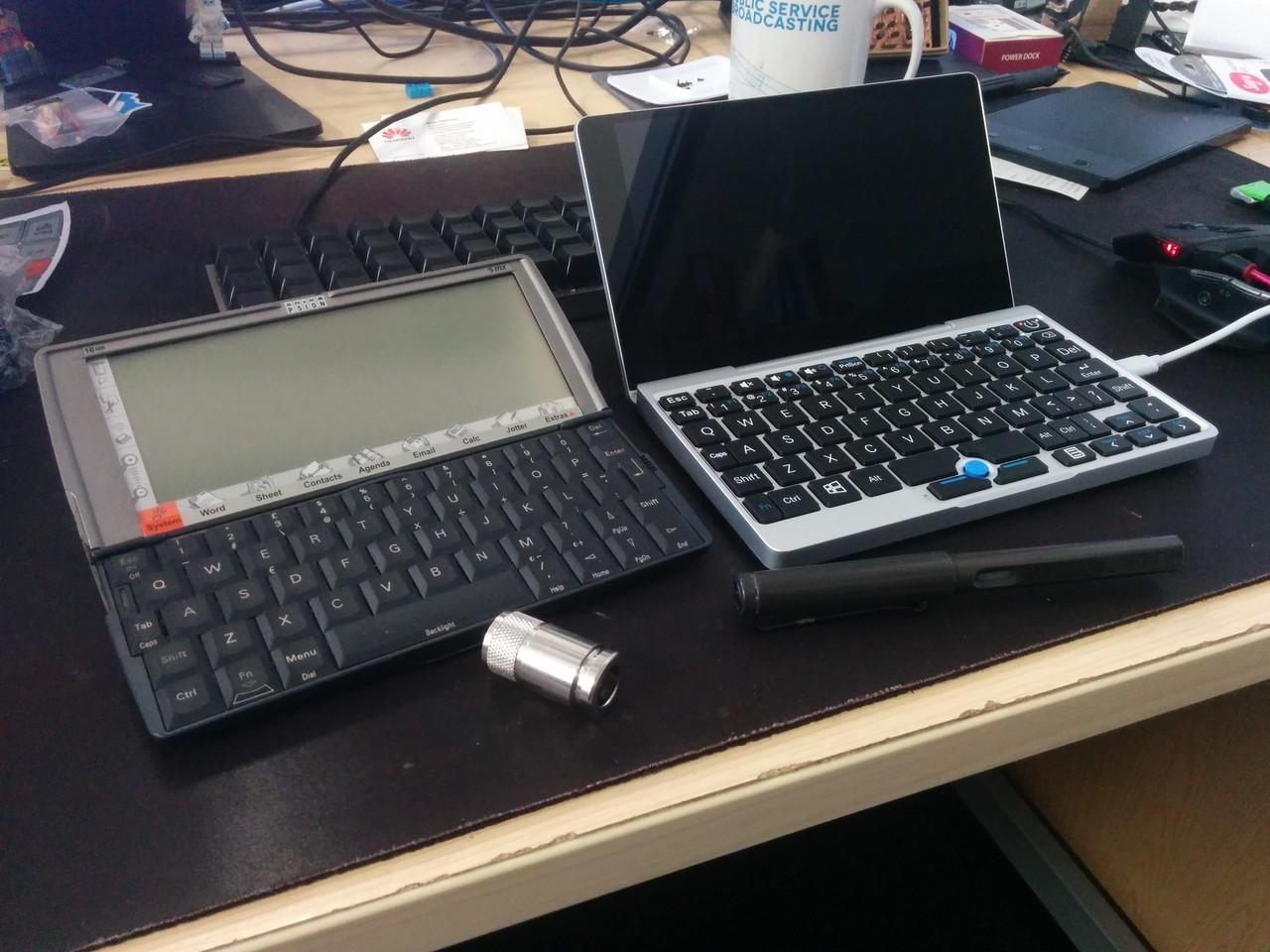 GPD Pocket vs Psion 5mx